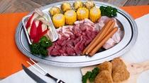 *【BBQメニュー一例】お肉やお野菜、焼きおにぎりがついたお手頃セットです♪