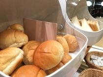【朝食バイキング】ロールパン