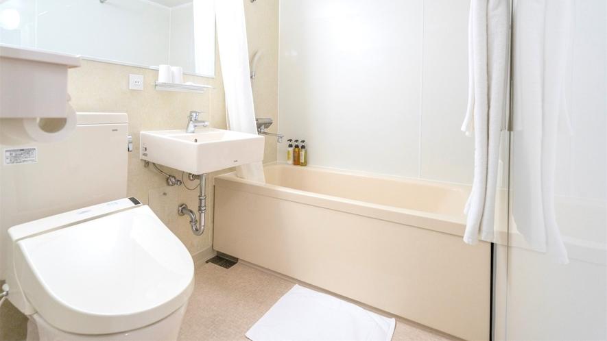 浴槽とトイレ