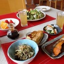 料理_朝食で一日の始まりを (1)