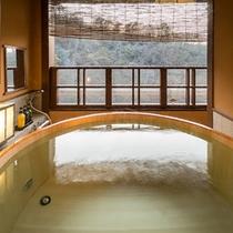 【露天風呂付客室】5階「風花」客室露天風呂
