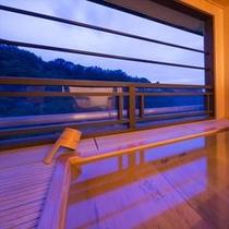 【別邸そらの庭】6階「望月」客室露天風呂
