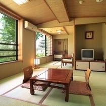 お部屋 和室(一例) [3〜4名様のご利用] グループ、ご家族、カップルでのご利用にお勧めです。