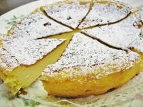 自家製ベイクドチーズケーキ