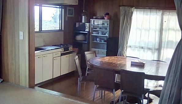 和洋室 キッチン バス トイレ付 車イス対応棟 コテージ