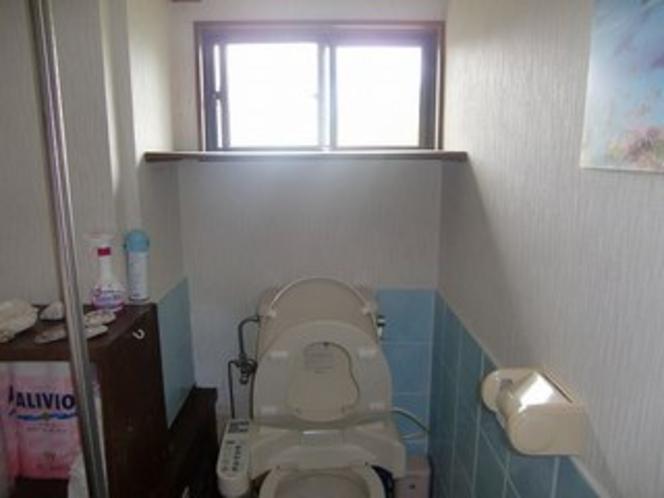 ゲストルーム トイレ共同