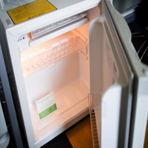 静音型冷蔵庫でお部屋も静かで快適に♪