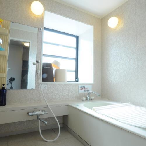◆小浴場もご用意しております。アウトバスのお部屋の方はこちらをご利用ください。