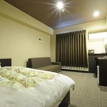 ◆改装済みできれいなリニューアルシングルルーム。無料wi-fi完備。