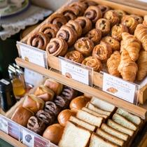 ◇朝食一例◇ パン・デニッシュ各種
