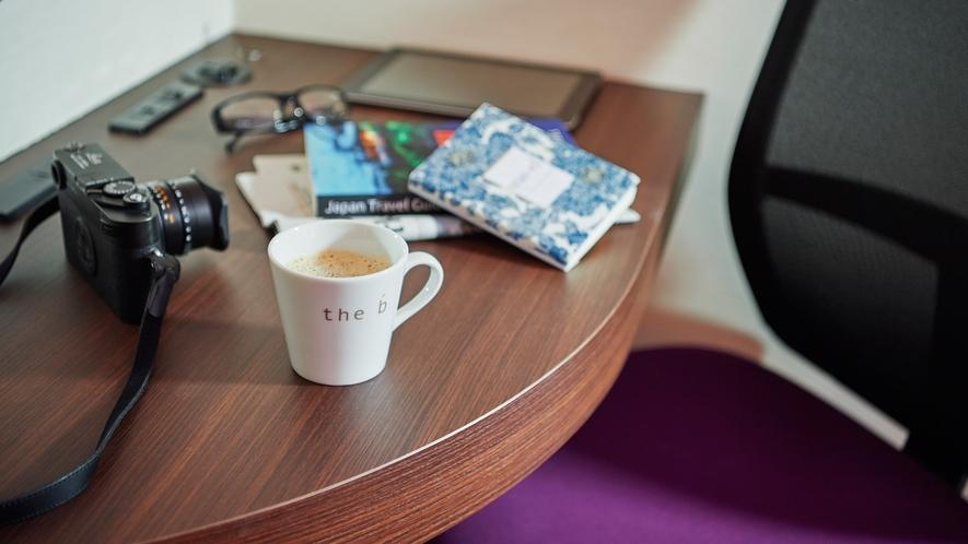 ご到着後はロビーにご用意している淹れたてコーヒーをお楽しみください。香り高いコーヒーでホッと一息