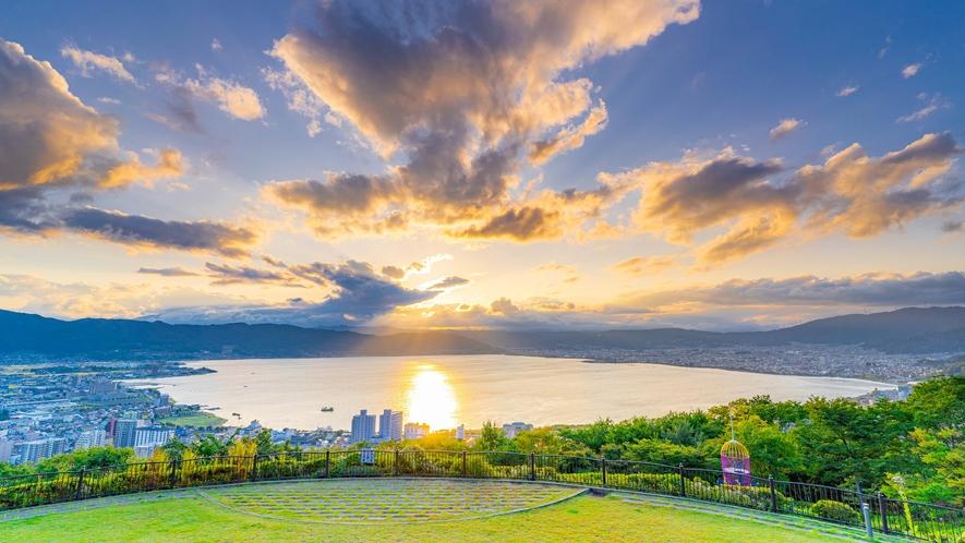 諏訪湖を一望「立石公園」当館から車で約15分