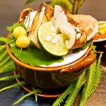芳醇な香りの松茸を愉しむ☆彡秋の味覚 松茸 土瓶蒸し