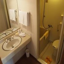 【プラザ】バストイレ完備のお部屋