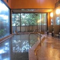 26年7月にリニューアルした大浴場