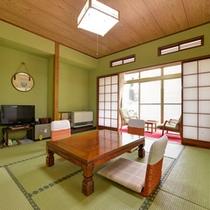 *和室8畳(客室一例)/ファミリーやグループでのご宿泊に◎団欒のひと時をお過ごし下さい。