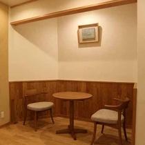 *セルフカフェ/コーヒー1杯200円。のんびり過ごすお供にどうぞ。