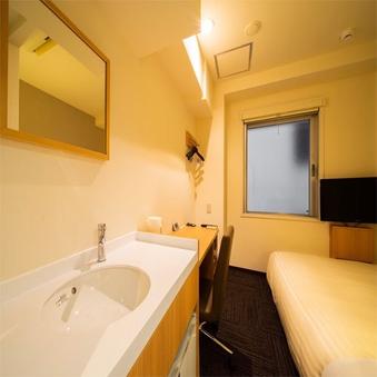 【禁煙】コンフォートルーム【シャワーブース※浴槽なし】
