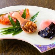 【ご朝食一例】料理長手作りの「なめみそ」青とうがらし入りでピリ辛♪ご飯がすすむ!