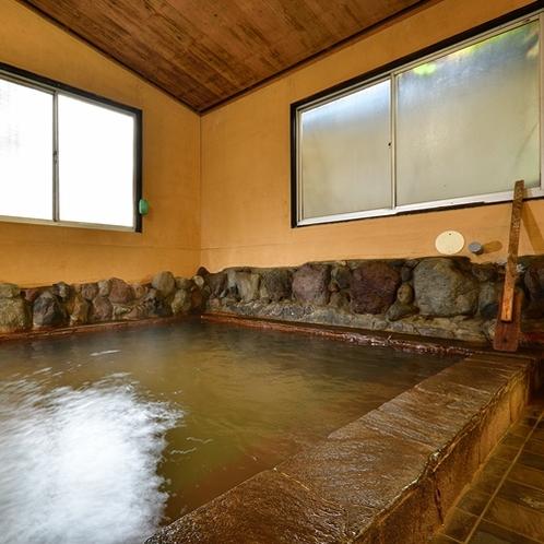 【大浴場】天然温泉で癒されてください。
