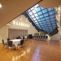 2階の広々としたスペース