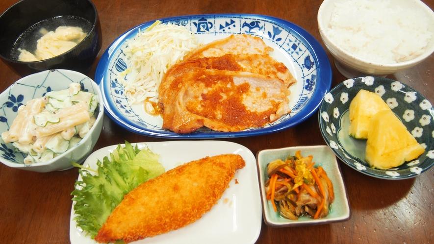 夕食(豚のしょうが焼き)