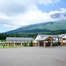 *[日帰り温泉館焼走りの湯]雄大な岩手山のふもと、温泉と豊かな自然を堪能できます。