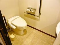 ユニバーサルルーム トイレ