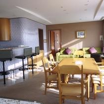 【ファミリースイートキング】当ホテルに1室のみ、79平米の特別室です。