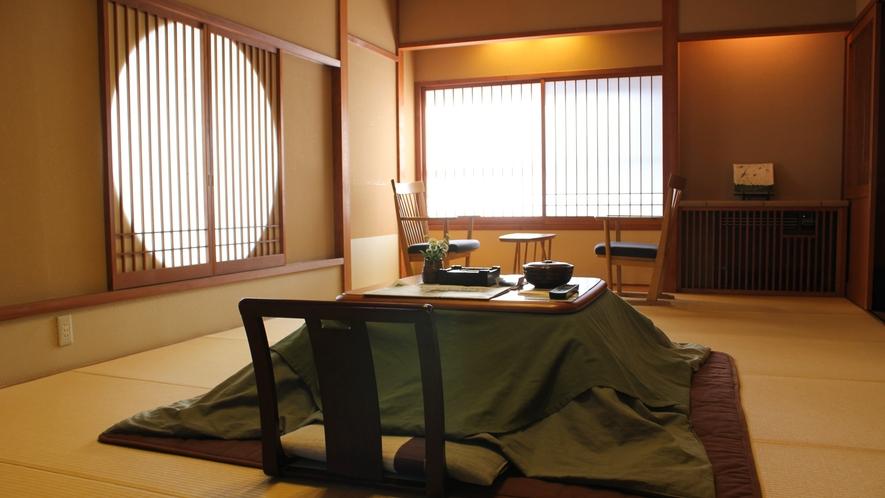 【泉游亭・みねざくら】湯畑眺望+和室+和ベッドルーム<禁煙>