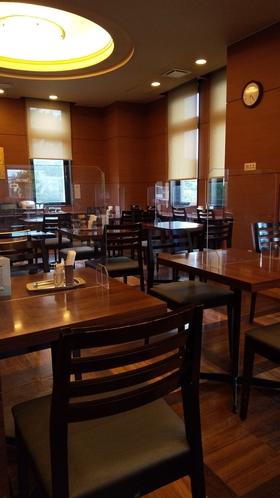 レストランパーテーション