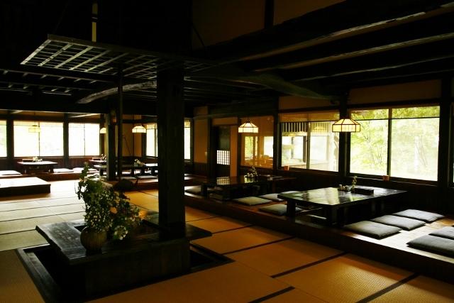 桜清水茶屋 内装 武田信玄ゆかりの建物