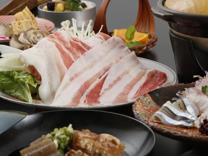 鹿児島の郷土料理、黒豚やお刺身