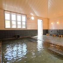 ph9.7!トロトロでお肌にまとわりつく天然温泉「美人の湯」内湯
