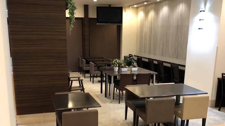 レストラン「HATAGO」営業時間6:30~9:00(LO8:45)