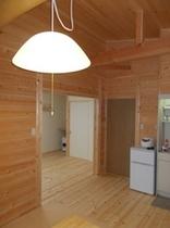新A棟リビングと寝室