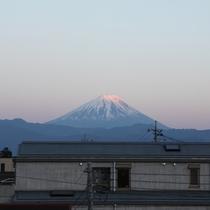 *【周辺】富士山をはじめ、周辺には雄大な自然風景が広がっています。