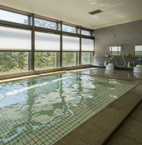 2階大浴場(沸かし湯:温泉ではありません)