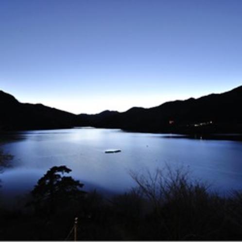 神流湖の景色2