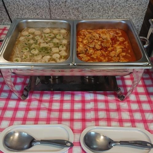 スープ焼売と鶏肉のトマト煮