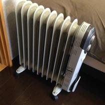 冬は各部屋にオイルヒーター