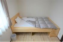 【Casa客室】セミダブルサイズベッド