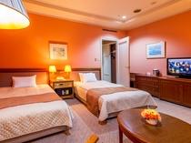 【スタンダードツイン】ご旅行の疲れを癒す温かみのあるお部屋でゆっくりとお休みください。