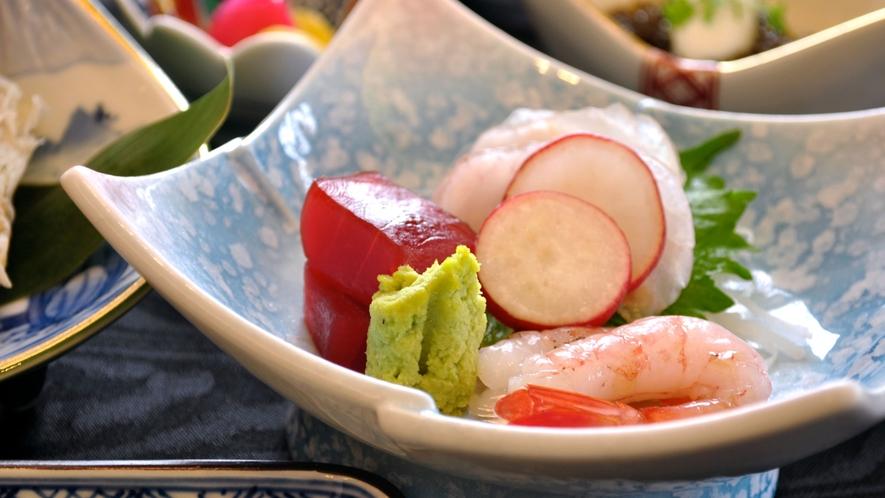 【ご夕食一例】北海道の山海の幸に舌鼓。