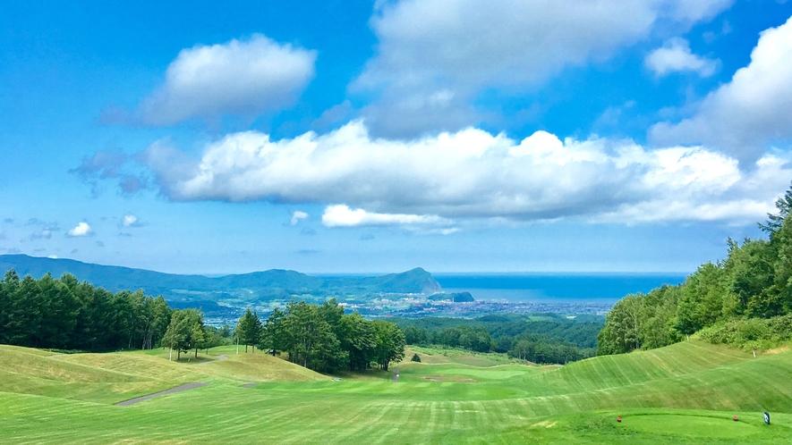 【ゴルフコース】多彩なコースと最高の景色がおもてなし致します