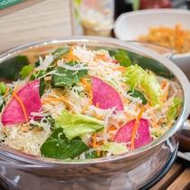★有機JAS認定の野菜をサラダとして提供しております♪