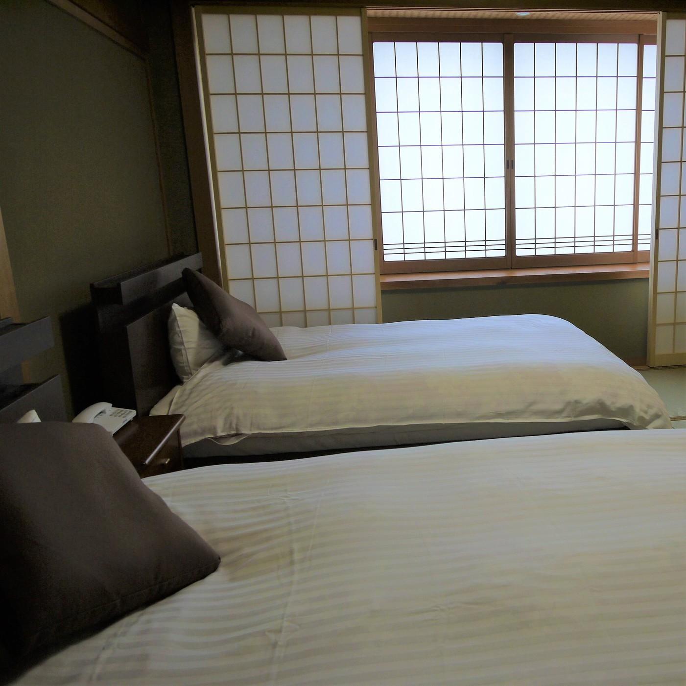 スィート「古代紫」/寝室