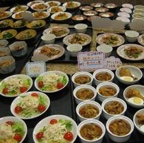 小皿料理(毎日代わる一皿100円の小皿料理)