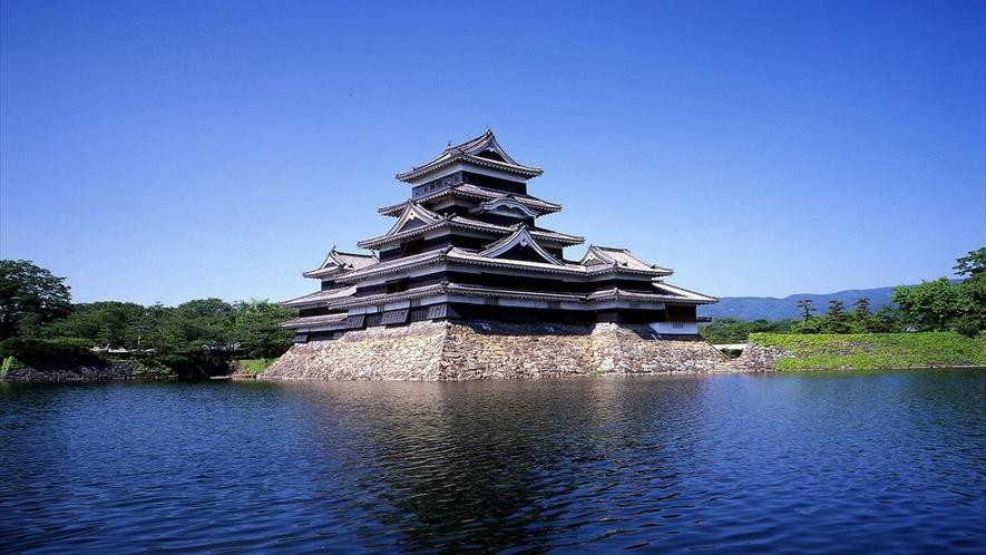 夏の国宝松本城 『おひさま』でおなじみ♪
