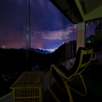 sky lounge 【retreat】(夜)